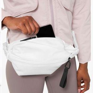 Lululemon belt bag